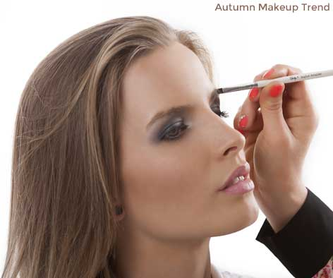 Autumn Makeup trend bold brows