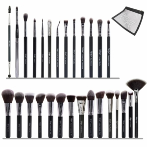 28 Ultimate Face and EyesMakeup Brush Set With Pouch