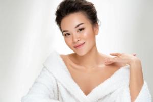 women skincare massage-4s